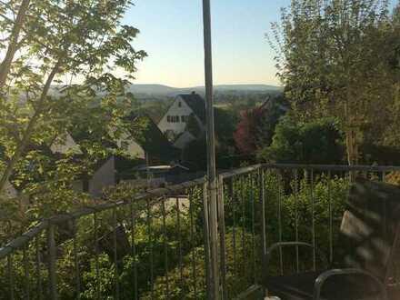 3,5 Zimmer Maisonette-Wohnung 94 qm mit Balkon und Terrasse