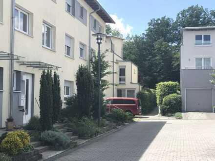Nice 4 BR Townhouse in Böblingen