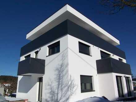 2 Zi. Dachgeschoßwohnung mit großem Balkon