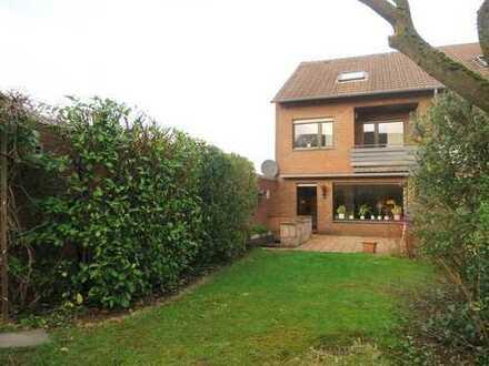 Welch ein Luxus! Einfamilienhaus (REH) mit 3 Garagen!!! in ruhiger Lage von DU-Rumeln-Kaldenhausen