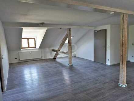 4 Zi.-Dachgeschosswohnung in Bahnhofsnähe
