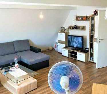 +++ Schöne, sanierte 2-Zimmer-Dachgeschosswohnung in Oppenweiler-Reichenberg zu verkaufen ! +++
