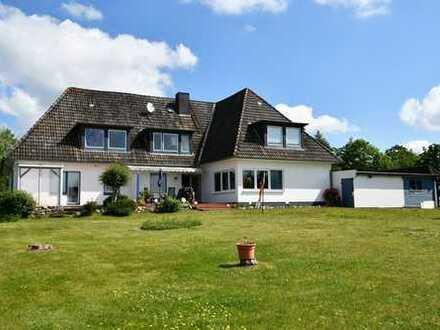 Mehrfamilienhaus mit 4 WE, Baugrundstück u. fantastischem Weitblick in das Treenetal!