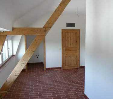 Denkmalschutzobjekt - saniert - 2 Zimmer Wohnung (H7-WE25)