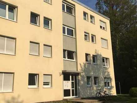 Renovierte 3-Zimmer-Wohnung mit Balkon von PRIVAT zu verkaufen