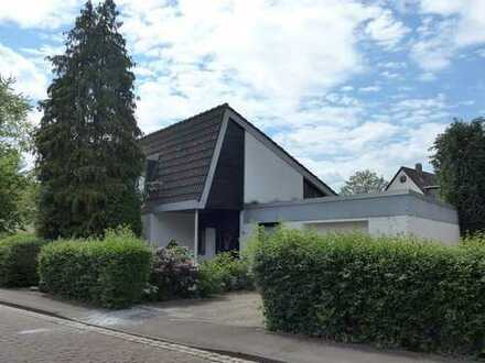 Architektenhaus mit Galerie und Garage