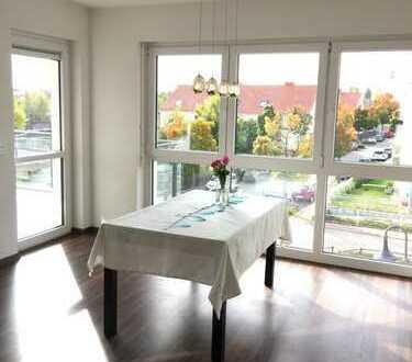 Schöne vier Zimmer Wohnung in Frankfurt am Main