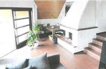 2 Zimmer – Atelierwohnung mit offenem Kamin, EBK und sonnigem Balkon