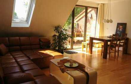 Großzügige 4-Zimmer Maisonette-Wohnung mit Balkon in zentraler Lage