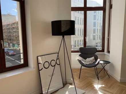 City-Wohnung: Stylische 2 Zimmer- Wohnung mit Luxus Einbauküche