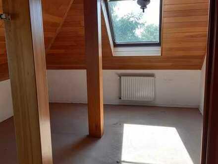Vollständig renovierte 1-Zimmer-Dachgeschosswohnung in Biblis