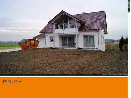 Geräumiges Einfamilienhaus mit Blick ins Grüne in Oberstadion