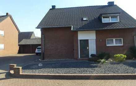 Wohnung im Zweifamilienhaus mit schöner Dachterrasse in Bocholt-Lowick zu vermieten