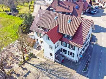 Sasbachwalden: 2 Zimmerwohnung im 1. Obergeschoss mit Balkon