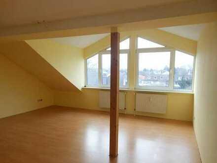 Helle Dachgeschosswohnung mit Flair in Dortmund-Wickede zu vermieten!