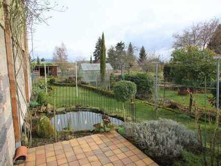 Alternative zur Wohnung - Gemütliches EFH mit Garten und zusätzlichem Sanierungs-/Abrissobjekt