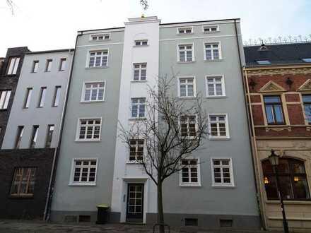 3 Raum Wohnung in Hafennähe ++ Holzdielenfußboden