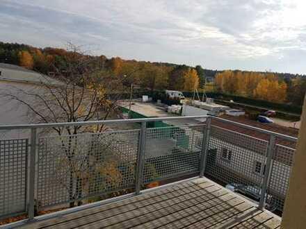 3 Raum Wohnung mit EBK und Balkon