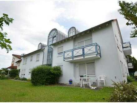 Nur für Singles - Kompaktes Apartment mit Terrasse und kleinem Garten