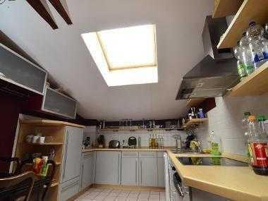 16m² Zimmer in luxuriöser Dachgeschoss-WG mit großem Wohnzimmer