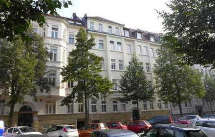 Attraktive Kapitalanlage! 2 Zimmer Küche ,Tgl. WAnnenbad in Leipzig Gohlis
