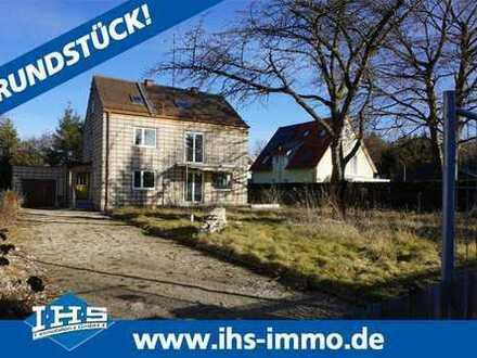 Grundstück inkl. genehmigten Bauplan mit Altbestand in Waldperlach