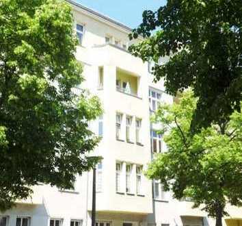 Helle 3-Zi-Whg mit Süd-Ost-Balkon im gepflegtem Altbau (vermietet)