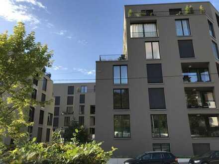 Stilvolle 5-Zimmer-Maisonette-Wohnung mit Balkon im Villengarten