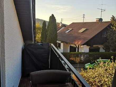 Schöne 3,5-Zimmer-DG-Wohnung mit Balkon in Oberstenfeld-Gronau
