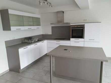 173p0 € - 190.0 m² - 5.0 Zi.