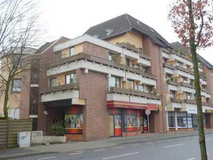 gemütliche, helle, Stadtwohnung mit Balkon