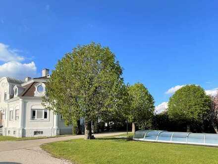 Wohnen in der Villa Seigneuriale - Stilvolle 2 ZKB