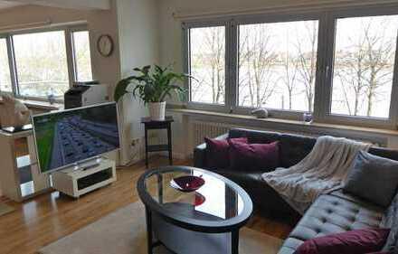 Lichtdurchflutete 3-Raum-Wohnung mit 2 Balkonen und Einbauküche in Bonn
