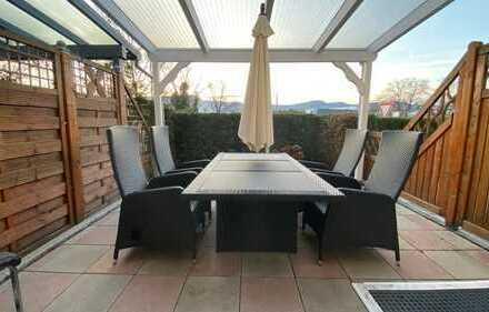 **Modernisiertes Reihenmittelhaus** mit Terrasse