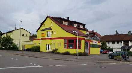 Modernisierte 3,5-Zimmer-Wohnung mit Balkon und EBK in Rutesheim