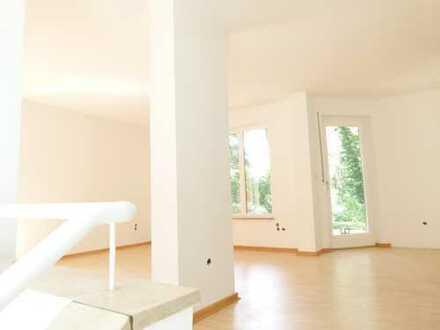 Helle Maisonette Wohnung in Zehlendorf mit Terrasse und Garten!