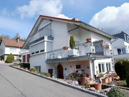 Weg vom Standard- Hin zur Individualität,Exklusive 2 Zi.Maisonetten Wohnung in Maichingen, WM:1.640€