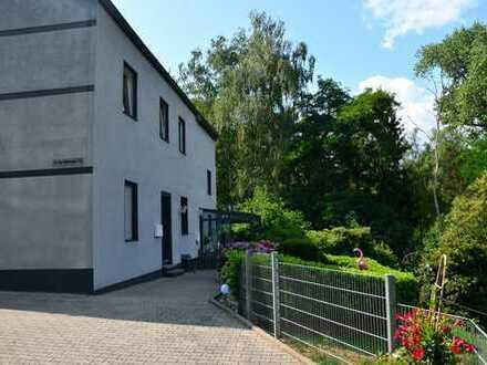 Renovierte 2-Zimmer-Wohnung mitten in der Natur von Linden