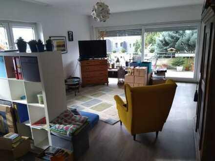 Gepflegte 5-Zimmer-Küche-Bad-Wohnung mit Balkon und Einbauküche in Weinheim