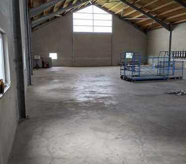 Lagerhalle (Stahlträger)