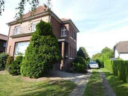 Ein Haus erzählt Geschichte - Altbau mit besonderem Charme und viel Garten für die Familie in