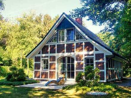 Schönes, möbliertes Haus mit großem Garten