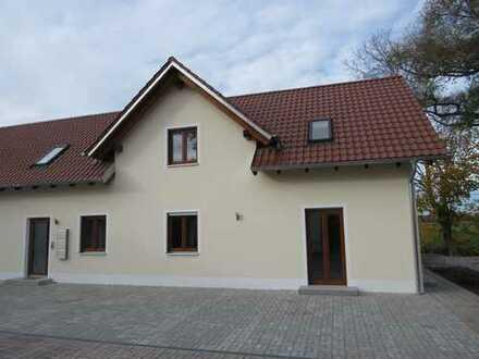 Wohnen am Ortsrand / DG - Karlskron - Erstbezug