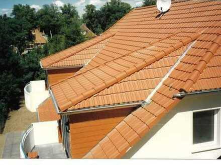 Gepflegte 2-Zimmer-Dachgeschosswohnung mit Balkon in Neuenhagen bei Berlin