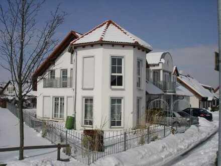 Vollständig renovierte 5-Zimmer-Maisonette-Wohnung mit Balkon in Aalen - Dewangen