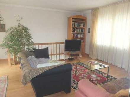28_HS6249 Charmanter Einfamilienhaus-Altbau mit Innenhof / Regensburg Ost