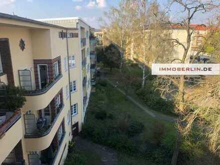 IMMOBERLIN: Ansprechende Altbauwohnung in sehr attraktiver Lage