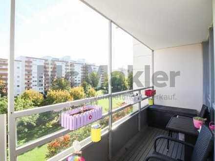 Großzügige und helle 3-Zimmer-Wohnung mit 2 Balkonen und neuwertiger Einbauküche!