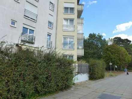 Bezugsfreie Terrassen-Wohnung mit PKW-TG Stell-Pl. in Potsdam *Lift