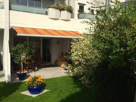 Gepflegte 3,5-Zimmer-Terrassenwohnung mit Balkon und Einbauküche in Bochum
